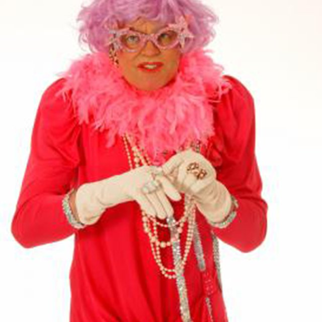 Big Beat Entertainment - Dame Edna Everage tribute